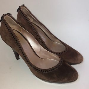 Salvatore Ferragamo brown suede bow heels 9